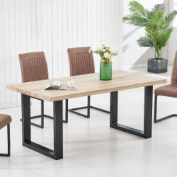 Bodo Table & Chairs